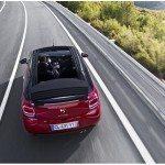 CITROEN DS3 CABRIO LANCIO SUL MERCATO DECAPOTTABILE FINO 120 KMH FANALE POSTERIORE 3D IPNOTICO TESTDRIVE PROVA SU STRADA FOTOGALLERY 072 150x150 - [FOTOGALLERY] Citroën DS3 CABRIO sportività mito eleganza e piacere in ogni momento