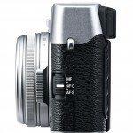 X100S SIDE L R 150x150 - Fujifilm X100S, la nuova macchina fotografica digitale mirrorless per riscrivere le regole del successo