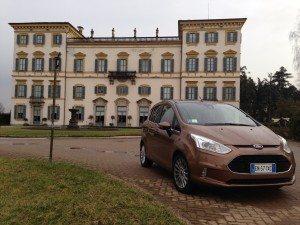 test ford bmax assodigitale 36 300x225 - Prova su strada della Ford B-MAX con TEST-TECNO-DRIVE: l'automobile open space: quando entrare ed uscire dalla macchina diventa social