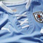 un particolare della nuova maglia Uruguay 2013 150x150 - La nuova maglia per la Confederations Cup 2013 dell'Uruguay 2013 realizzata da Puma: tecnologia moderna, stile antico