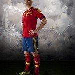xabi alonso alla presentazione della nuova maglia della spagna 150x150 - La nuova maglia della Spagna: Adidas svela (alcune) tecnologie per la Confederations Cup 2013