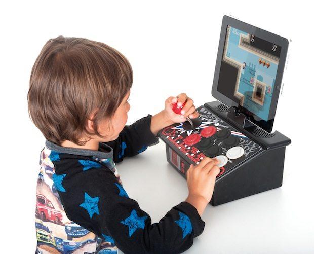 68079 i wow Home Arcade lifestyle - Imaginarium presenta I-Wow la perfetta unione tra gioco reale e virtuale