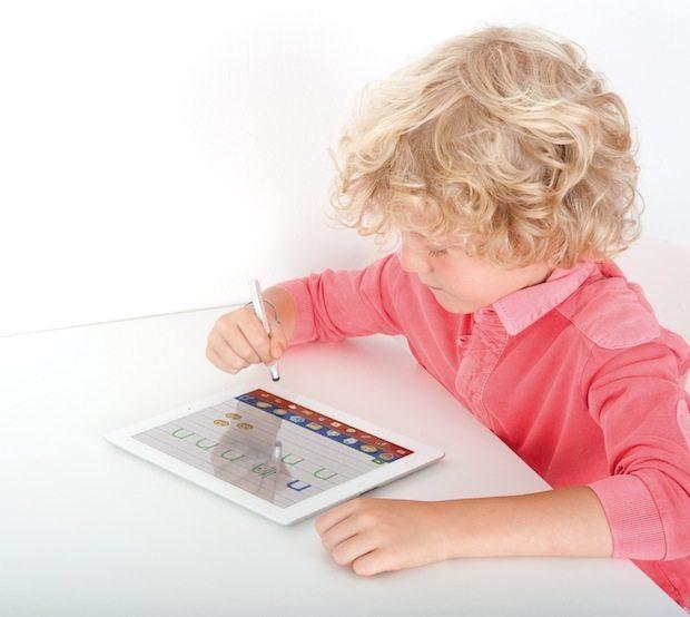 68925 i wow Letters numbers Pen 3.0 lifestyle - Imaginarium presenta I-Wow la perfetta unione tra gioco reale e virtuale
