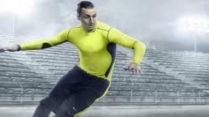 Ho13 FB Hi Vis WE Zlatan Hero2 mercurial f1 rgb Hires 24536 300x168 - Nike debutta con la Football Collection Hi-Vis