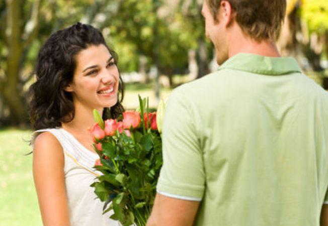 652x450 113517 1 - Conoscere single online: il primo appuntamento