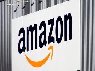 Amazon it lancia il programma Advantage per vendere i prodotti di editori1 320x238 - Amazon apre il negozio di Abbigliamento con reso gratuito e prodotti di DKNY, Lacoste, Dockers, Diesel, Desigual, G-Star