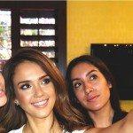 Selfie Jessica Alba Samsung NXmini 150x150 - Sindrome da #selfie un milione al giorno, secondo Samsung gli italiani sono un popolo di Narcisisti: sei d'accordo o no?