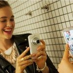Selfie allo specchio Samsung Galaxy K Zoom 150x150 - Sindrome da #selfie un milione al giorno, secondo Samsung gli italiani sono un popolo di Narcisisti: sei d'accordo o no?