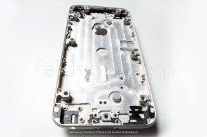 feldvolk_iphone_6_shell_interior-800x534