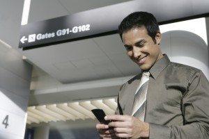 spegnere cellulare prima di volare per gli USA 3 300x200 - Ricarica il cellulare prima di volare per gli USA. I controlli degli aeroporti nella lotta al terrorismo.