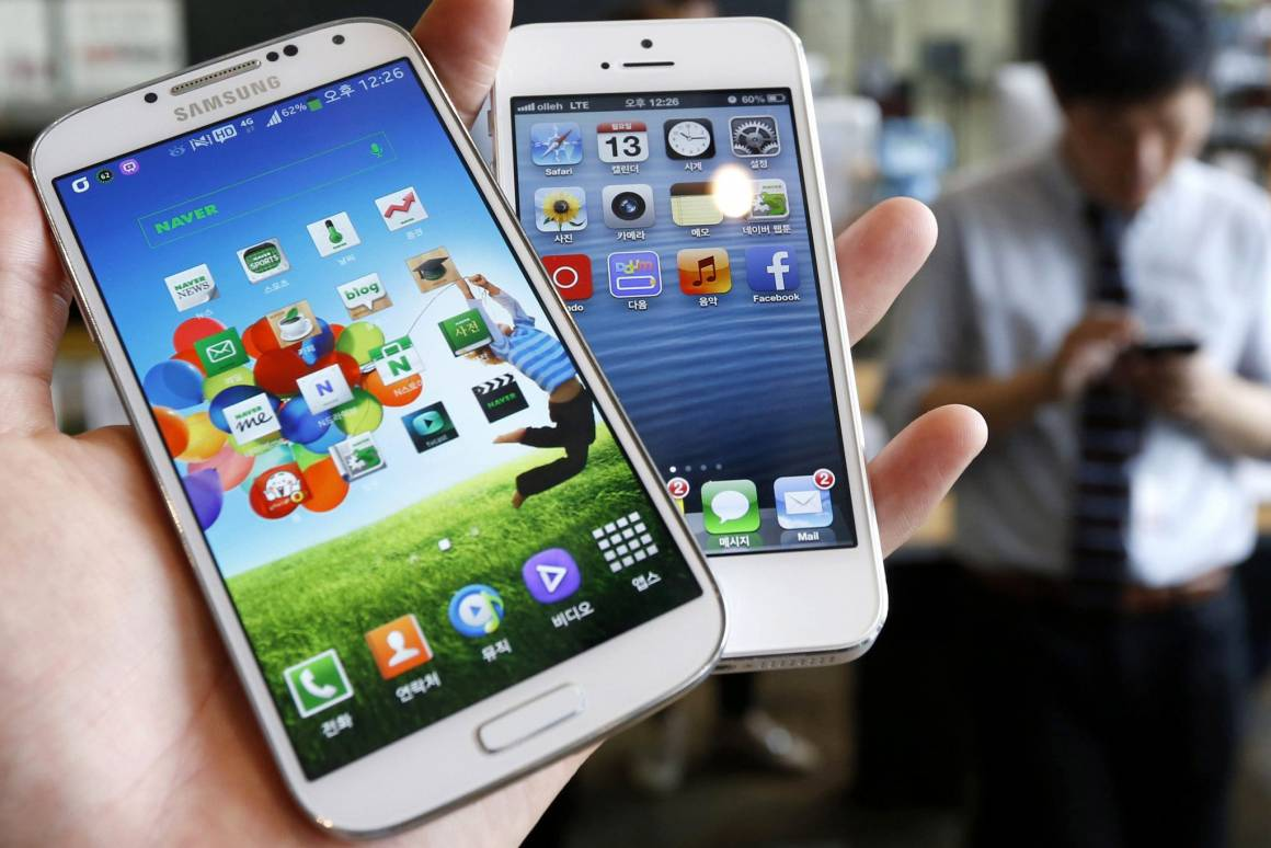 apple perde contro samsung 1160x774 - Scoprire il numero delle chiamate anonime: Facebook lancia Hello