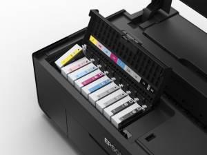Epson SureColor SC P600 dettaglio inchiostri 300dpi 15cm 300x225 - Epson SureColor SC-P600, la nuova stampante fotografica A3+