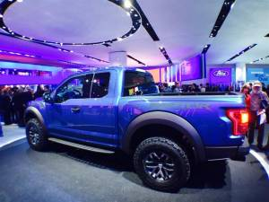 Ford F 150 Raptor Medium 300x225 - Ford Mustang Shelby GT 350R e Ford F-150 Raptor: video live dal NAIAS 2015