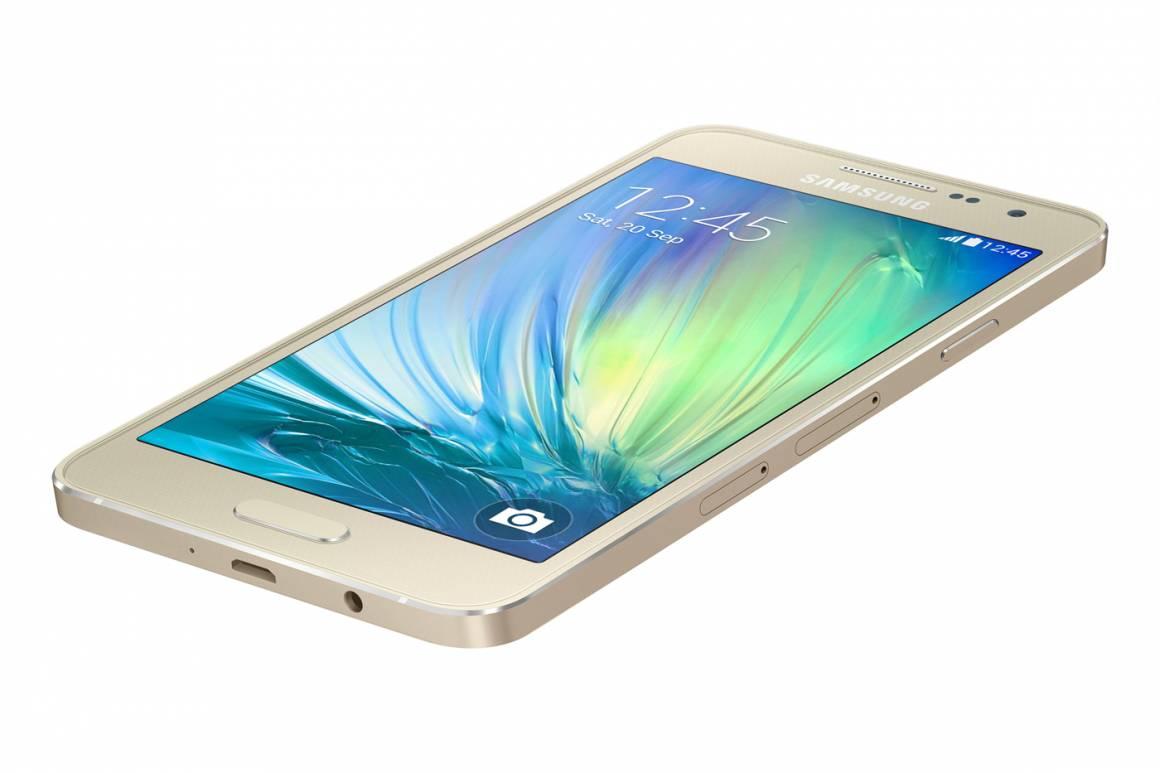 Samsung Galaxy A3 gold 1160x773 - Samsung presenta il nuovo Galaxy A