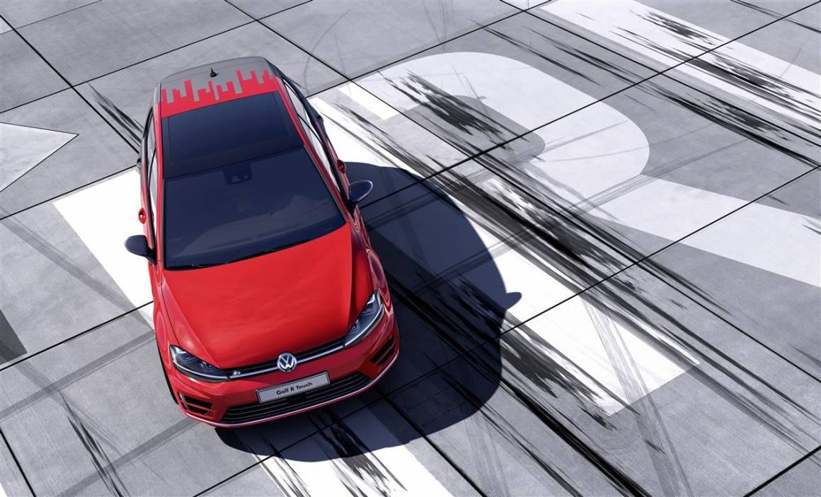 ces 2015 volkswagen presenta avanzato gesture control e networking travel link 12 Medium 1160x703 - Assicurazioni auto: Google ha ottenuto la licenza per vendere Rc auto in 26 Stati degli Usa