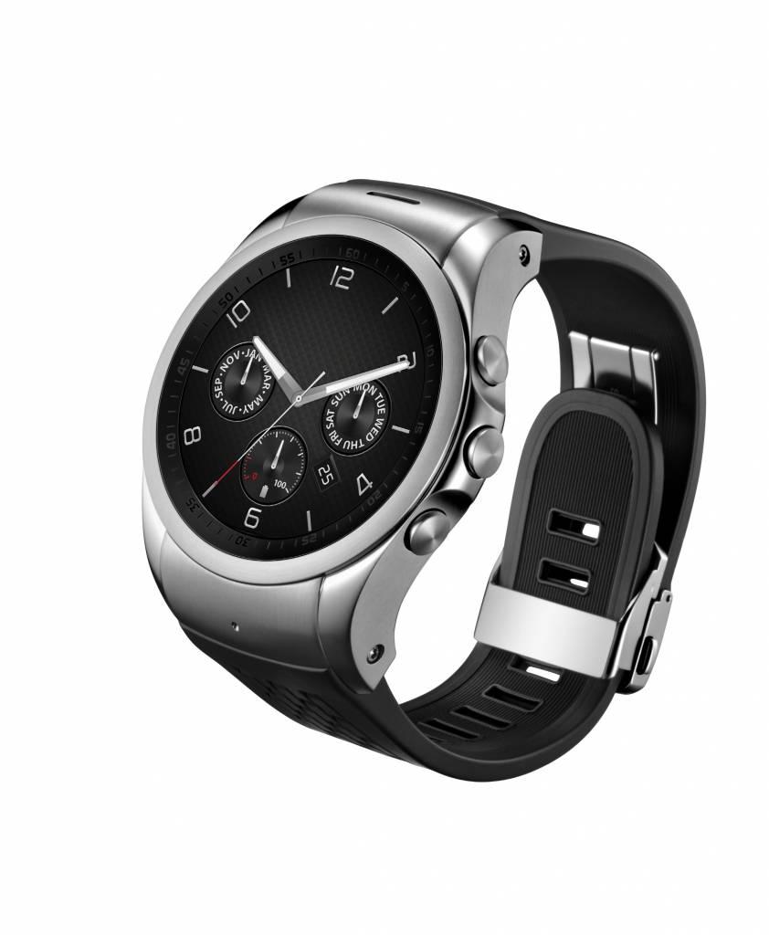 LG Watch Urbane LTE 2 842x1024 - Le soluzioni LG nella concept car Gea di Italdesign Giugiaro