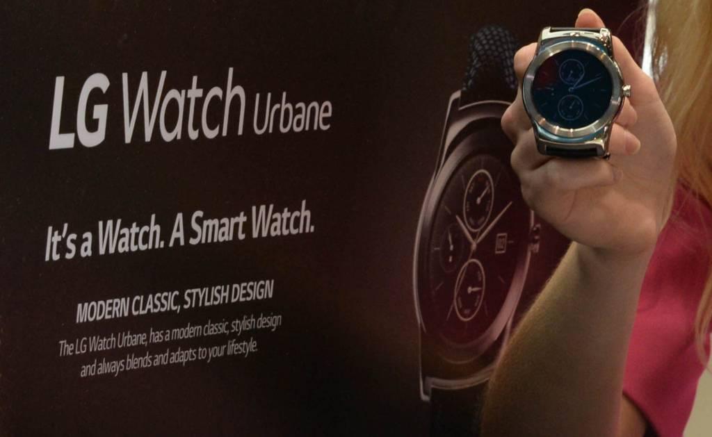 LG MWC Watch Urbane 1024x629 - LG: tutti i prodotti presentati al MWC 2015