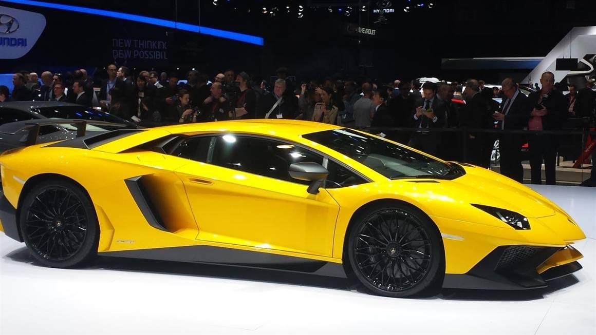 Lamborghini Aventador 3 Medium 1160x653 - Lamborghini: 500 posti di lavoro per il nuovo Suv