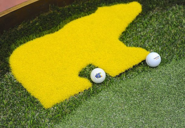 Putting green e rough sintetico Brilliant8 con pallina logata FIG Italian Golf Show 2015 DuckPhotoPress - Fiera del Golf Parma: le foto ed i video di Italian Golf Show