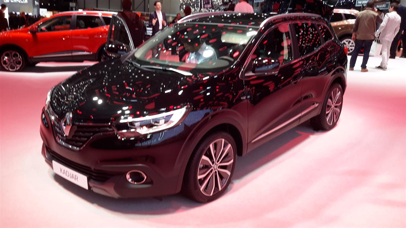 renault kadjar al salone di ginevra 2015 foto e video. Black Bedroom Furniture Sets. Home Design Ideas