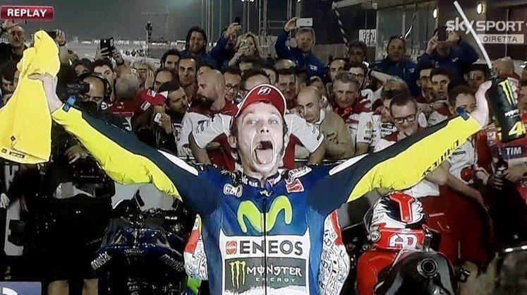 Moto Gp Qatar 2015, vince Valentino Rossi