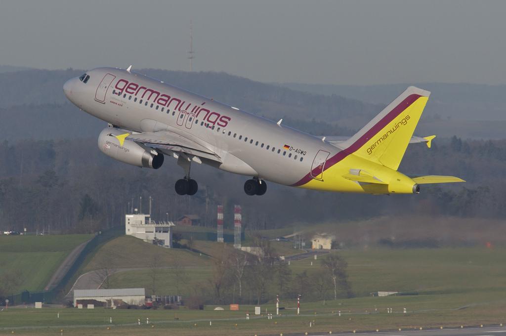 Incidente aereo Francia oggi