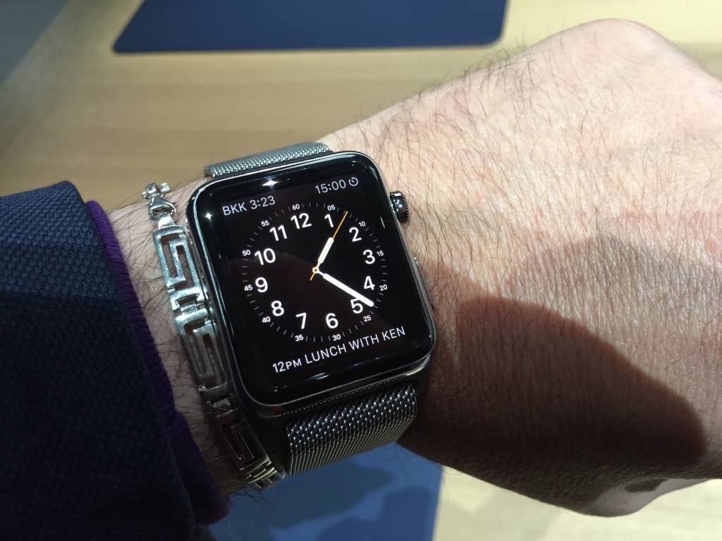 Apple Watch anteprima a sorpresa al fuorisalone Milanese07 1024x768 - Apple Watch anteprima a sorpresa al #fuorisalone Milanese: catalizza l'attenzione del pubblico