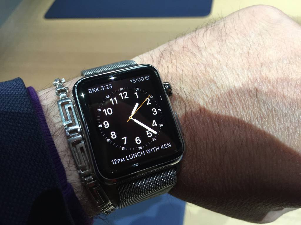Apple Watch anteprima a sorpresa al fuorisalone Milanese08 1024x768 - Apple Watch anteprima a sorpresa al #fuorisalone Milanese: catalizza l'attenzione del pubblico