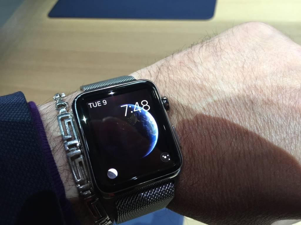 Apple Watch anteprima a sorpresa al fuorisalone Milanese10 1024x768 - Apple Watch anteprima a sorpresa al #fuorisalone Milanese: catalizza l'attenzione del pubblico