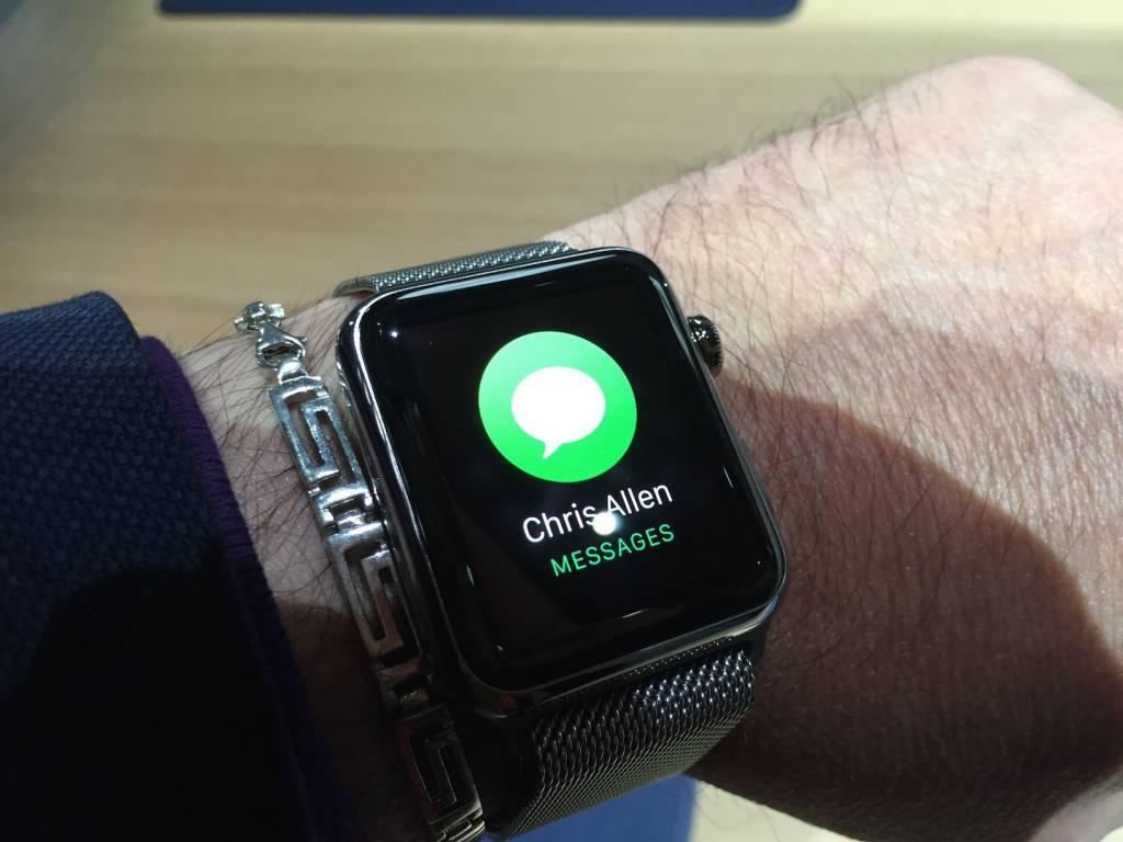 Apple Watch anteprima a sorpresa al fuorisalone Milanese13 1024x768 - Apple Watch anteprima a sorpresa al #fuorisalone Milanese: catalizza l'attenzione del pubblico