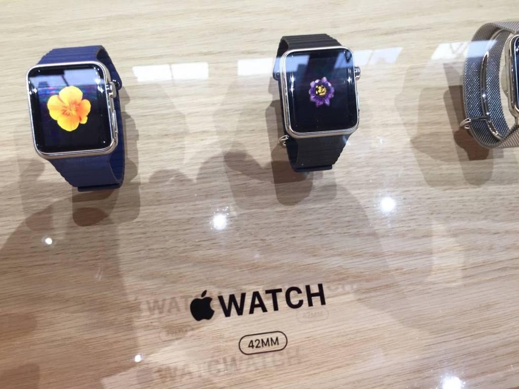 Apple Watch anteprima a sorpresa al fuorisalone Milanese16 1024x768 - Apple Watch anteprima a sorpresa al #fuorisalone Milanese: catalizza l'attenzione del pubblico