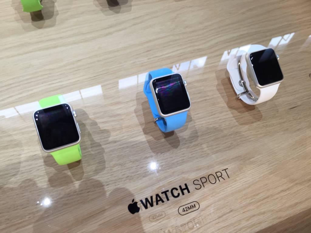 Apple Watch anteprima a sorpresa al fuorisalone Milanese18 1024x768 - Apple Watch anteprima a sorpresa al #fuorisalone Milanese: catalizza l'attenzione del pubblico
