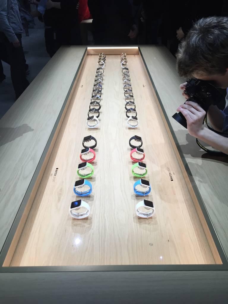 Apple Watch anteprima a sorpresa al fuorisalone Milanese19 768x1024 - Apple Watch anteprima a sorpresa al #fuorisalone Milanese: catalizza l'attenzione del pubblico