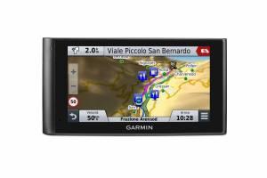 GARMIN nuvicam  1 300x200 - Navigatore con dashcam integrata: arriva Garmin Nuvicam