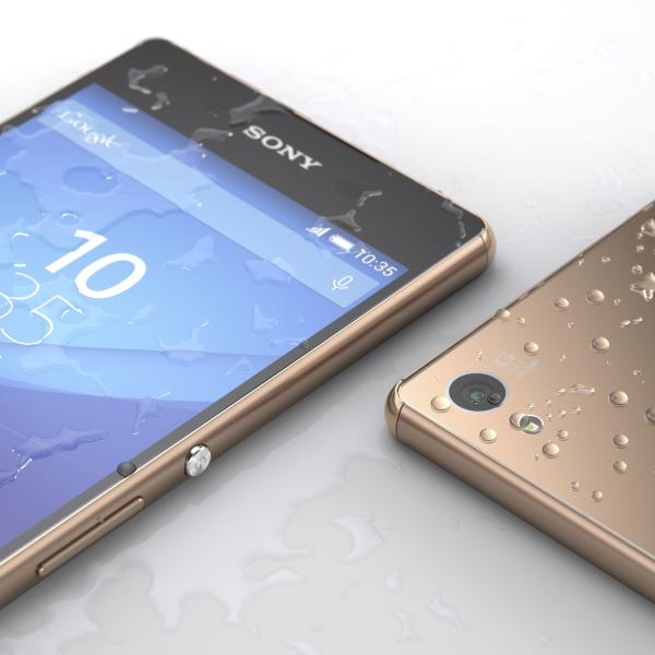 10 Xperia Z3 Plus Copper Waterproof - Sony presenta il nuovo Xperia Z3+
