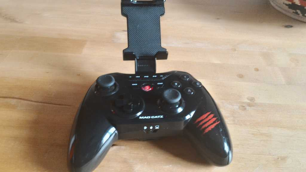 Gamepad3 1024x576 - GAMEPAD BLUETOOTH MAD CATZ C.T.R.L.R PER ANDROID, IOS & PC -RECENSIONE E GUIDA