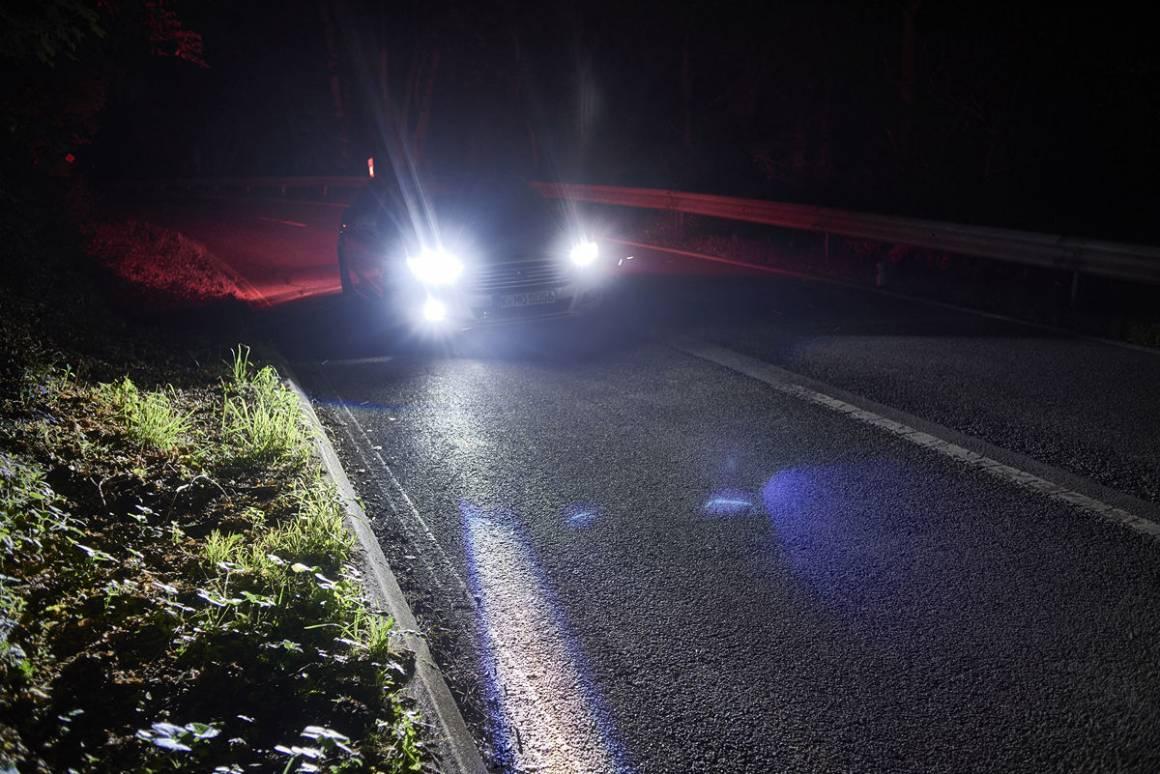 Ford IWS2015 SpotLighting 080 1160x774 - Illuminazione adattiva, Ford svela i fari del futuro