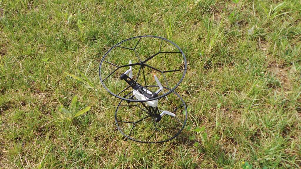 Recensione Parrot Rolling Spider 031 1024x576 - Recensione Parrot Rolling Spider: un drone nel palmo della mano