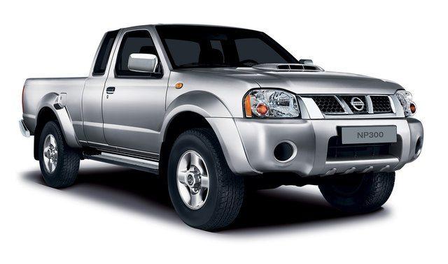 nissan nirvana 2 - Eleganza e comfort per il nuovo pick-up Nissan Nirvana NP 300
