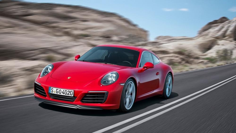 porsche 911 - Coupé e Cabriolet, la Porche 911 si rinnova in potenza e dinamismo