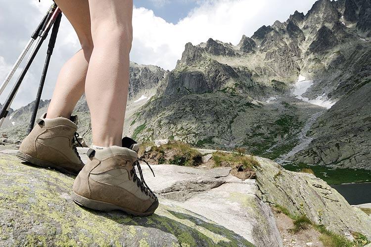 Migliori scarponi da montagna economici - Camminare con sicurezza grazie ai miglioriscarponida montagna economici