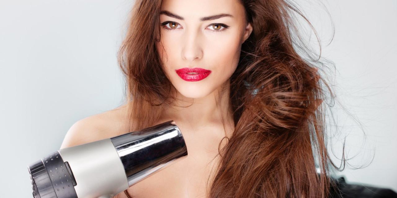 Phon da viaggio per asciugare i capelli in vacanza: guida all'acquisto