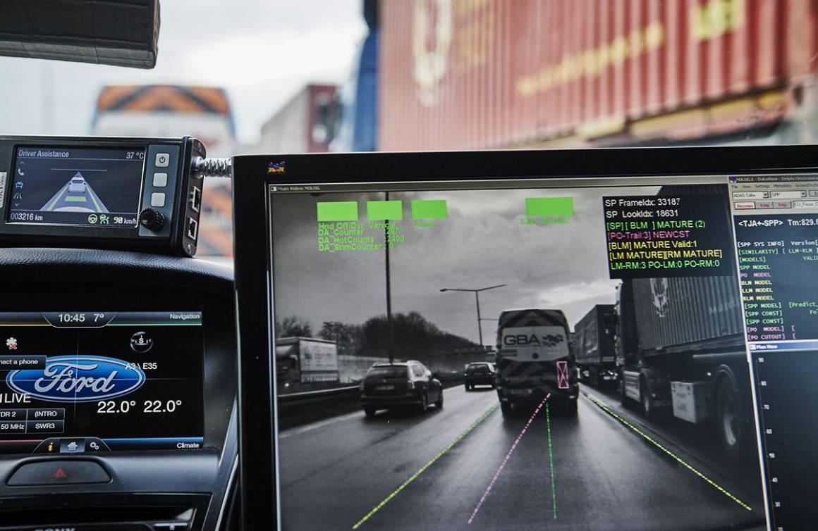 Ford IWS2015 TrafficJamAssist 03 1160x754 - Tecnologie Ford: guida autonoma nel traffico e parcheggio automatico a distanza