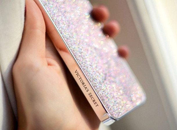 La classe non è acqua: sfoggiala con le cover iPhone Fashion più Glamour & Trendy