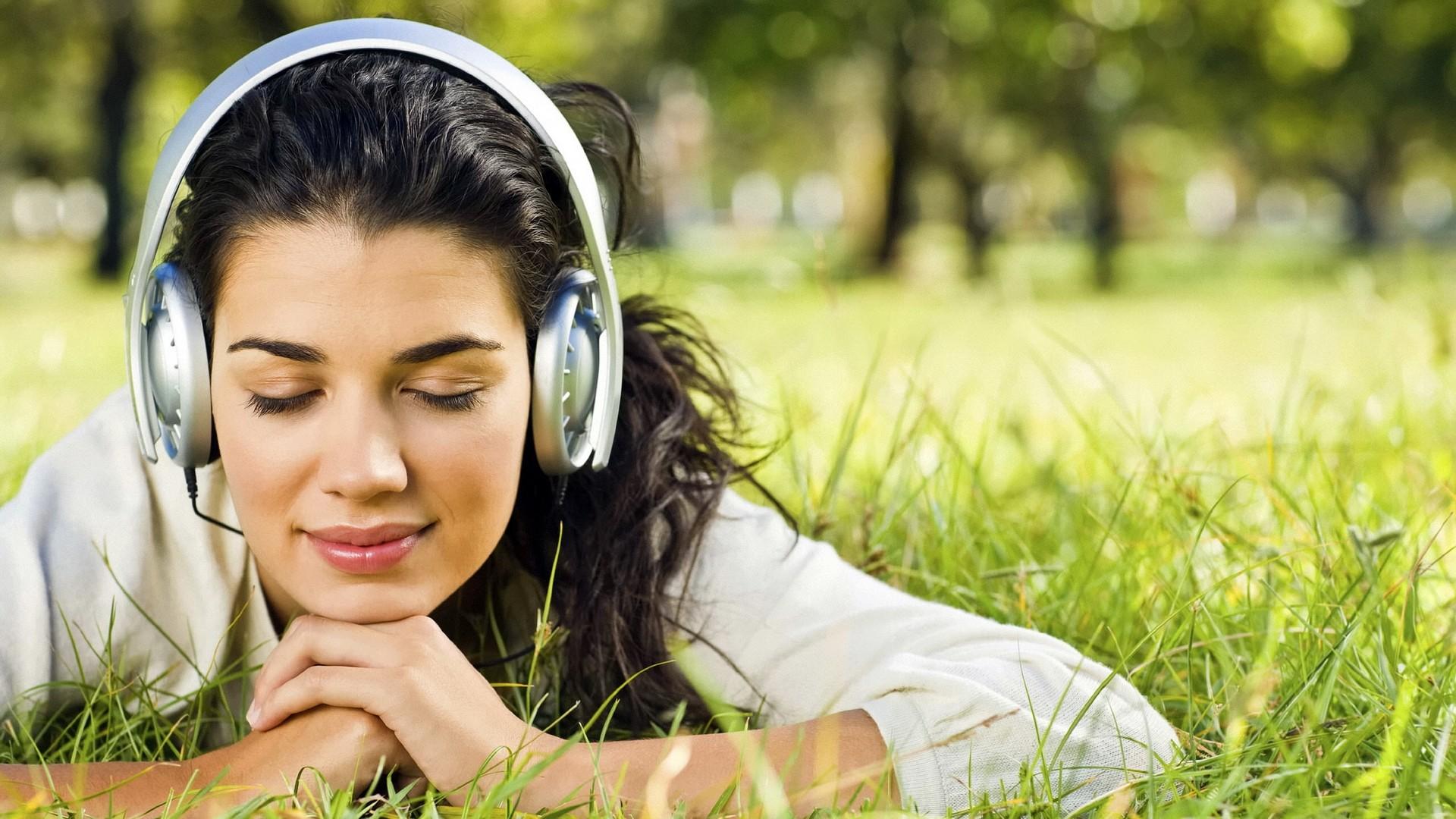 Ascoltare la musica comodamente con la miglior cuffia economica sul mercato