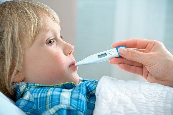 Provare la febbre facilmente ai bambini usando il miglior termometro elettronico economico