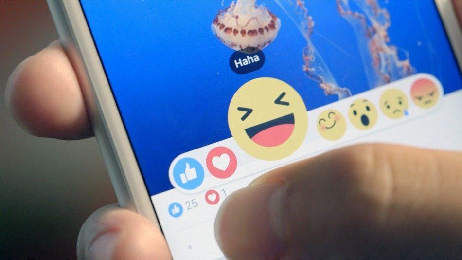 Facebook Reactions nuovo giornalismo - Chiedere aiuto allo smartphone: skills e limiti.