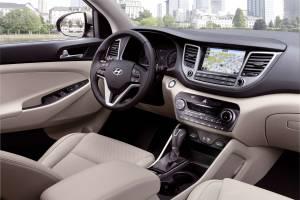 Hyundai Tucson Interior 300x200 - Nuova Hyundai Tucson 1.7 CRDi: le novità e le caratteristiche