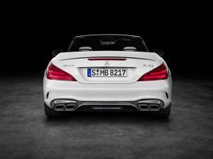 Mercedes AMG SL 7 1865796 300x225 - Nuova mercedes SL, torna la leggenda