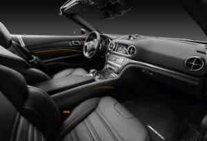 Mercedes AMG SL 9 1865799 300x204 - Nuova mercedes SL, torna la leggenda